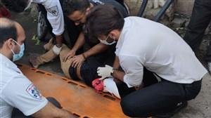 سقوط آزاد از بیست متری به خاطر فوتبال  (عکس)
