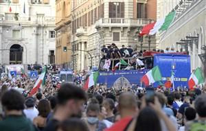آتزوری عامل افزایش کرونا در ایتالیا