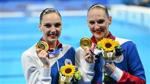 اشتباه عجیب هنگام اهدای مدالهای شنای موزون