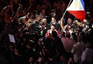 قهرمان 8 وزن بوکس جهان به دنبال ریاست جمهوری