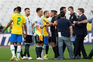 انتقال بازیکنان آرژانتین به هواپیما از ترس بازداشت